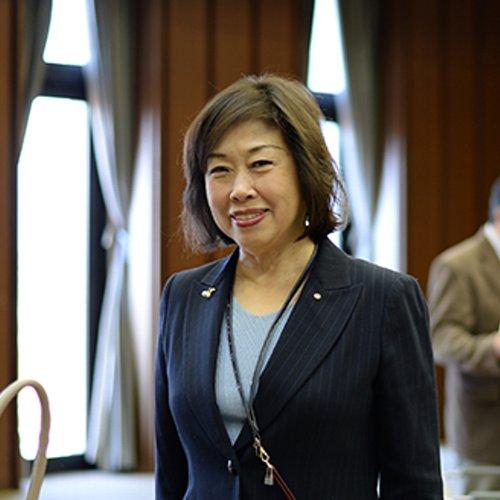 田中 彩子